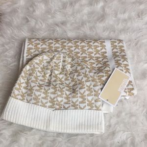 NWT Michael Kors scarf and hat set